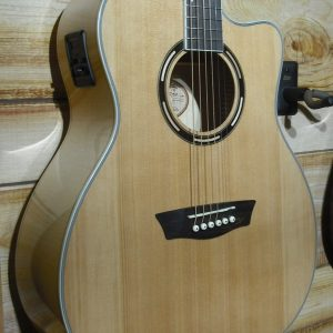 Washburn AG40CE Grand Auditorium Acoustic Electric Guitar Natural w/Case